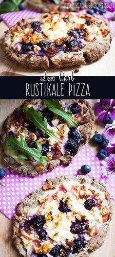 Rustikale Low Carb Pizza mit sommerlichen Belag #lowcarb #glutenfrei www.lowcarbkoestlichkeiten.de