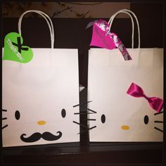 Hello Kitty goody bags for boys and girls and like OMG! get some yourself some pawtastic adorable cat apparel! Hello Kitty Gifts, Hello Kitty Themes, Pink Hello Kitty, 5th Birthday Party Ideas, Hello Kitty Birthday Party Ideas, 4th Birthday, Alice, Kid Party Favors, Cat Party