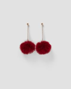Discover the new ZARA collection online. The latest trends for Woman, Man, Kids and next season's ad campaigns. Cute Jewelry, Modern Jewelry, Jewelry Accessories, Fashion Accessories, Hair Beads, Beautiful Earrings, Pearl Beads, Bling, Jewellery
