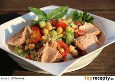 cizrnový salát s tuňákem
