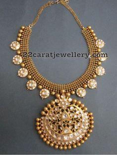 Gold Jewelry In Pakistan Gold Jewelry Simple, Jewelry Model, Gold Jewellery Design, Jewelry Patterns, Bellisima, Indian Jewelry, Bridal Jewelry, Jewelery, Diamond Jewelry