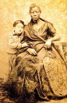 João Ferreira Villela com a Ama-de-Leite Mônica, 1860.jpg
