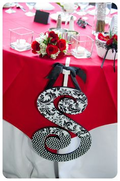 Stunning table at a Black and White Wedding!  See more party ideas at CatchMyParty.com!