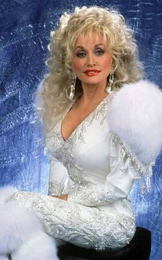 Dolly Parton's Crazy Confession. Read Her Story!