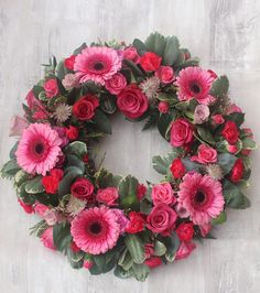 No beginning or end, the never ending circle design is made with bright pink roses and gerbera. Grave Flowers, Funeral Flowers, Wedding Flowers, Funeral Sprays, Funeral Flower Arrangements, Funeral Tributes, Memorial Flowers, Sympathy Flowers, Arte Floral