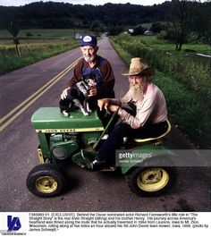 Behind the Oscar nominated actor Richard Farnsworth's title role in 'The Straight Story' is the real Alvin Straight (sitting) and his brother Henry. His journey across America's heartland was filmed along the route that he actually traversed in 1994 from Laurens, Iowa to Mt. Zion, Wisconsin, rolling along at five miles an hour aboard his ''66 John Deere lawn mower, Iowa, 1998.