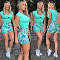 Cropped Laço Verde Água Cheetah Leggings, Knit Leggings, Gym Leggings, Sports Leggings, Best Cardio Workout, New Wife, Cute Summer Dresses, Looks Vintage, Belted Dress