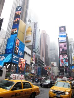 Cliche Tourist Spots in NYC and are they worth it