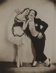 Alexandra Danilova and Léonide Massine as Can-Can Dancers in La Boutique Fantasque in 1919 (such a cute and lesser known ballet) Cabaret, Ballet Russe, Dancer Photography, Vintage Ballet, Ballet Pictures, Ballet Companies, Dancing In The Dark, Russian Ballet, Ballet Costumes