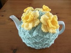 Ravelry: ShannonBayKnits' Longing for Spring Tea Cozy
