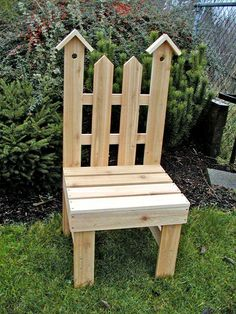 DIY Garden Chair Plant Stand - could use pallet wood! Outdoor Projects, Garden Projects, Wood Projects, Outdoor Decor, Project Projects, Kids Woodworking Projects, Diy Woodworking, Popular Woodworking, Wooden Plant Stands
