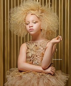 This Creative Duo Pays Tribute To Afro Hairstyles For Little Girls Black Girl Magic, Black Girls, Beautiful Children, Beautiful People, Amazing People, Albino African, Albino Girl, Curly Hair Styles, Natural Hair Styles