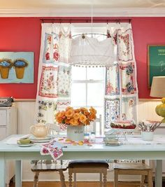 curtains out of old hankies  I saw this in a magazine a month ago .  I made a wall hanging similar to this for the deck.  I bought a vintage table cloth and placed hankies on it. Love it on the deck.... Interior Styling, Home Interior, Interior Design, Kitchen Interior, Cottage Kitchens, Home Kitchens, 50s Style Kitchens, Vintage Handkerchiefs, Shabby Style