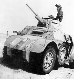 Autoblinda 41 (AB - Italian armored car in use during World War II. It was armed with a 20 mm Breda 35 autocannon and a coaxial 8 mm machine gun in a turret similar to the one fitted to the Fiat and another hull mounted rear-facing machine gun. Military Photos, Military History, Armored Vehicles, Armored Car, Afrika Corps, North African Campaign, Armoured Personnel Carrier, Tank Armor, Italian Army