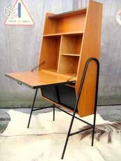 Bureau/secrétaire vintage 1950 dlg Guariche Hitier Small Space Office, Desk Plans, Secretary Desks, Livingston, Mid Century Furniture, Furnitures, Organizers, Woodwork, Home Office