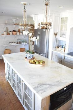 Supreme Kitchen Remodeling Choosing Your New Kitchen Countertops Ideas. Mind Blowing Kitchen Remodeling Choosing Your New Kitchen Countertops Ideas. Stone Coat Countertop, Epoxy Countertop, Kitchen Countertop Materials, Laminate Countertops, Kitchen Countertops, Kitchen Cabinets, Kitchen Sink, Refinish Countertops, Countertop Makeover