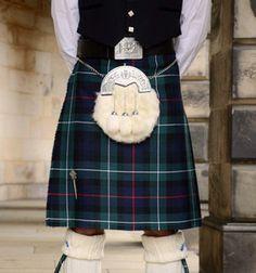 Mackenzie caledonia pipe band based in dundee in mackenzie ancient clan mackenzie tartan f96dd91817f892d4713ef4936ab39f4bg 236252 fandeluxe Choice Image