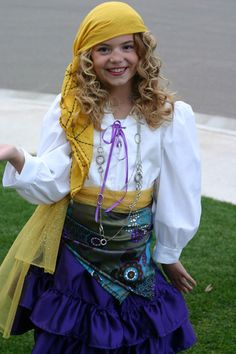 """""""Fortune Teller"""" Costume - makes a mockery of gypsy/Roma culture. A horribly cruel take on cultural appropriation. Don't dress like this for Halloween, please. Costume Halloween, Circus Costume, Halloween Town, Cool Costumes, Costume Ideas, Zombie Costumes, Halloween Couples, Group Halloween, Family Costumes"""