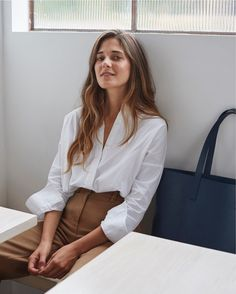 Shop Everlane now for modern essentials. We make the most beautiful essentials, at the best factories, without traditional markups. Free shipping on 2+ items.