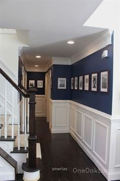 Unbelievable Tips Can Change Your Life: Wainscoting Living Room Decor wainscoting full wall home.Wainscoting Ceiling Board And Batten wainscoting diy tile.Wainscoting How To Paint. Home Renovation, Home Remodeling, Kitchen Renovations, Home Projects, Home Crafts, Navy Walls, Navy Blue Rooms, Navy Blue Decor, Blue Home Decor