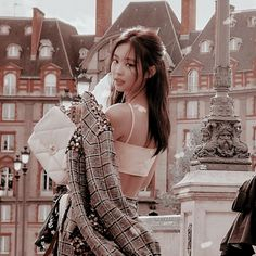Animated gif shared by notvane. Find images and videos about gif, blackpink and theme on We Heart It - the app to get lost in what you love. Kim Jennie, Kpop Aesthetic, Aesthetic Girl, South Korean Girls, Korean Girl Groups, Black Pink ジス, Homo, Blackpink Members, Blackpink Photos