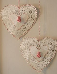 DIY Embroidered Paper Doilies Tutorial - for Valentine's Day Paper Doily Crafts, Doilies Crafts, Paper Doilies, Diy Paper, Diy Crafts, Valentine Decorations, Valentine Crafts, Be My Valentine, Valentine Day Gifts