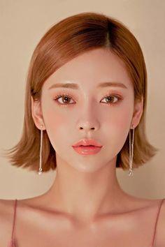 "55 cute short wedding hairstyles 2019 that can make you say ""wow! Korean Makeup Look, Asian Makeup, Beauty Makeup, Hair Makeup, Hair Beauty, Makeup Style, Short Wedding Hair, Hair Reference, Aesthetic Makeup"
