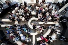 In het Kohnstammhuis en in het toekomstige Wibauthuis is leercentrum FLOOR te vinden. FLOOR is een plek voor activiteiten en evenementen die onderwijs, bedrijfsleven en culturele- en maatschappelijke organisaties bij elkaar brengt. Dit door debatten, symposia, presentaties, voorstellingen, lezingen, tentoonstellingen en workshops te organiseren en ruimte te bieden aan anderen om deze hier te organiseren.