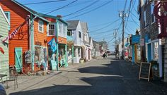 Bearskin Neck, Rockport MA:  http://visitingnewengland.com/blog-cheap-travel/?p=6307