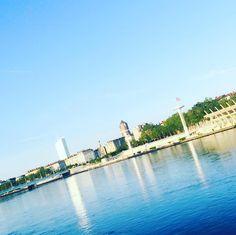 Bonjour Lyon   #monlyon #onlylyon #igerslyon #blue #lyonnaise #latergrams by millelyons
