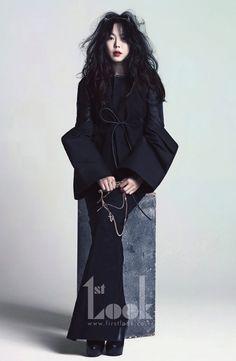 김민희, 화보 통해 명품 각선미 드러낸 보디슈트 패션 공개! :: THE STAR