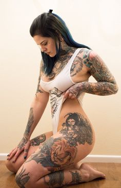 Unique Tattoo Designs is a place for people who love getting inked and want inspiration &. Tattoo Girls, Sexy Tattoos For Girls, Inked Girls, Tattoos For Women, Tattoo Women, Life Tattoos, Body Art Tattoos, Tattoo Art, Fake Tattoo