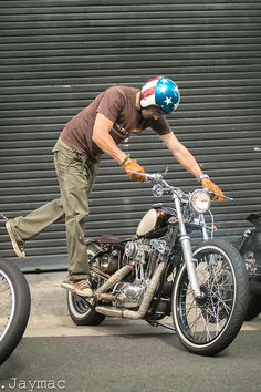 Ironhead | Bobber Inspiration - Bobbers and Custom Motorcycles | jaymacphotography August 2014
