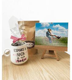Set de regalo con taza personalizada. Delicioso café artesanal y chocolates para hacer sentir a esa persona la más especial <3