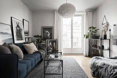 Best Rental Apartment Studio Decor Ideas - Page 43 of 85 One Room Apartment, Apartment Interior, Apartment Design, Apartment Living, Interior Design Living Room, Interior Livingroom, Studio Decor, Small Studio Apartments, Gravity Home