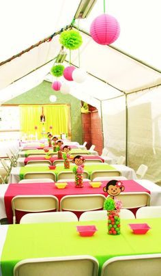 Monkey Baby Shower Table Decorations | Going Bananas over a Pink Mod Monkey Birthday Bash!!