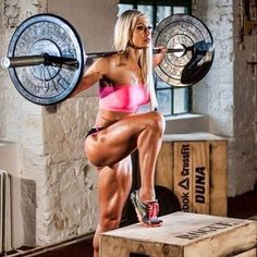 Success: Why your workout needs to be much shorter and way less intense than a mans in order to burn fat optimally.