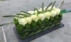 Todays most influential Floral Designers Tropical Flower Arrangements, Funeral Flower Arrangements, Beautiful Flower Arrangements, Beautiful Flowers, Fresh Flowers, White Flowers, Arte Floral, Deco Floral, Design Floral Moderne