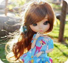 Minna-san, Kon'nichiwa! Nesta postagem irei tentar explicar (ou resumir) sobre essas fofas bonecas coreanas chamadas de Pullips  Se você qu...