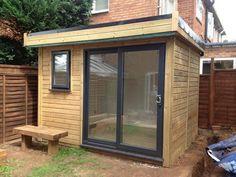 The Winchester Garden Pod - Garden Office – Garden Retreat Gym Shed, Shed Office, Office Pods, Garden Shed Gym Ideas, Cabin Office, Outdoor Office, Backyard Office, Backyard Sheds, Small Garden Cabin