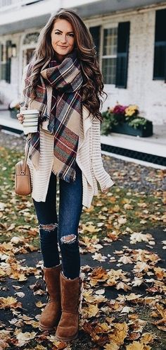Cozy fall outfit ideas for active women 90208 clothes осенняя одежда, стиль Winter Fashion Outfits, Fall Winter Outfits, Women's Fashion Dresses, Look Fashion, Autumn Winter Fashion, Winter Boots, Casual Winter, Winter Style, Womens Fashion