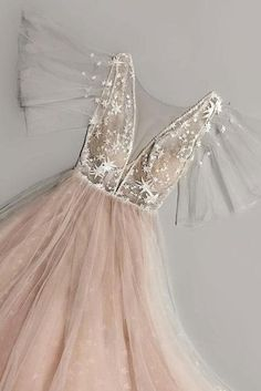 V neck Champagne Tulle Long Prom Dress, Sexy Evening Dress, Appliques Party Dress - Prom Dresses Elegant Dresses, Pretty Dresses, Beautiful Dresses, Formal Dresses, Wedding Dresses, Sexy Dresses, Awesome Dresses, Long Dresses, Ball Dresses