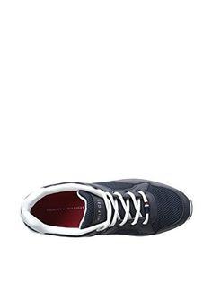 Tommy Hilfiger Men's Kingsbury Sneaker (Navy)