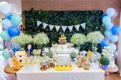 decoração para festa - tema noé Noahs Ark Cake, Noahs Ark Party, 1st Birthday Themes, Birthday Cake, Sweet Corner, Bookmarks Kids, Safari Party, Dessert Table, Christening