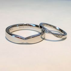 結婚指輪らしい厳かなデザインに、ふたりらしいアレンジを加えてお仕立てしました [marriage,wedding,ring,bridal,Pt900,プラチナ,マリッジリング,結婚指輪,オーダーメイド,ウエディング,ith,イズマリッジ]