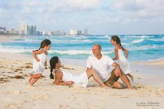 Lidia Grosso Photography, cancun best family portrait photographer, cancun photos, beach portraits cancun, family pictures Cancun, family vacation photos cancun, cancun photographer, westin lagunamar family photographer