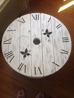 Wood Spool, Bois Diy, Palette, Old Wood, Decoration, Wall, Projects, Clocks, Home Decor