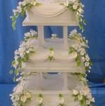 Jerome Celebration Cakes, Serving Lancashire & Cumbria...   We go to great lengths to give our customers exactly what they are looking for.    Jerome Celebration Cakes have an extensive range of wedding cakes, which are freshly baked for the occasion and meticulously decorated.