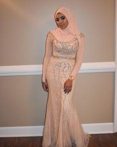 "✨Dress Designer ✨ @valquiriasroses 👈🏾 check out my work 🤙🏾Follow Us 👉🏾 Use PROMO CODE ""IMAROSE"" for 20% off any custom dress order. Bookings visit www.valquiriasroses.as.me valquiriasroses@gmail.com 🌹IG + Twitter: @valquiriasroses🌹#valquiriasroses #prom2k18 #promdresses #dressdesigner #2k19 #prom2k19 #melanin #beautiful #love #stylish #fashion #trending #ootd #homecoming #homecomingdresses #valquiriasroses#prom2k18 #prom2018 #prom #customdress #dresses #fun #beautiful #dressdesigner… Muslim Prom Dress, Homecoming Dresses, Prom Outfits, Classy Outfits, African Fashion Dresses, Hijab Fashion, Event Dresses, Formal Dresses, Prom Tux"