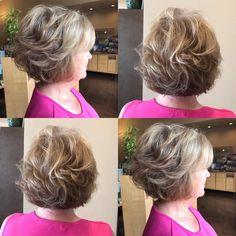 Short Layered Hairstyle with Balayage Highlights